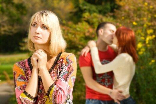 Po vyro neištikimybės jaučiausi sugniuždyta, bet draugės patarimas privertė viską permąstyti