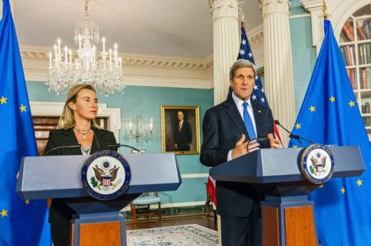 Federica Mogherini, the EU High Representative for Foreign Affairs and Security Policy and US Secretary of State, John Kerry  Photo Ludo Segers