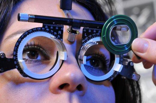 Šiuolaikinių žmonių rykštė – akių nuovargis: ar jis pavojingas regėjimui?