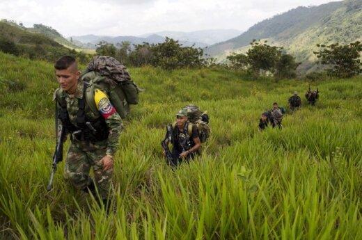 Kolumbijos Senatas palaiko naująją taikos sutartį su FARC