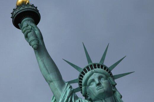 Кого коснется вступивший в силу запрет на въезд в США