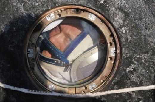 """Astronautas, grįžęs į Žemę kapsulėje """"Soyuz"""""""