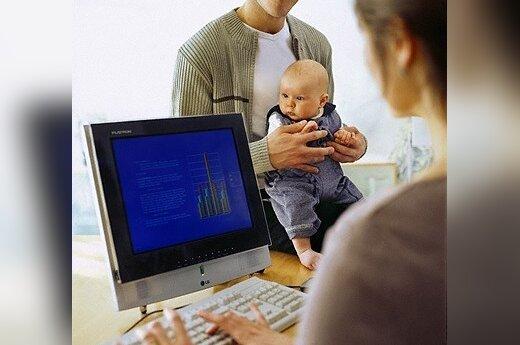 Motinystė, karjera