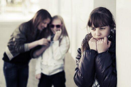 Statistika apie paauglių patiriamas elektronines patyčias kelia nerimą