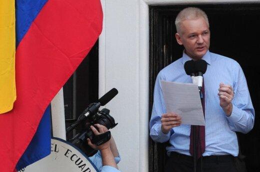 Wielka Brytania: Assange zostanie w ambasadzie przez rok