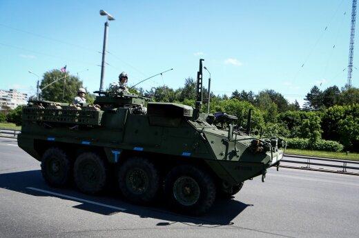 Dwa bataliony techniki wojskowej przejadą przez Litwę
