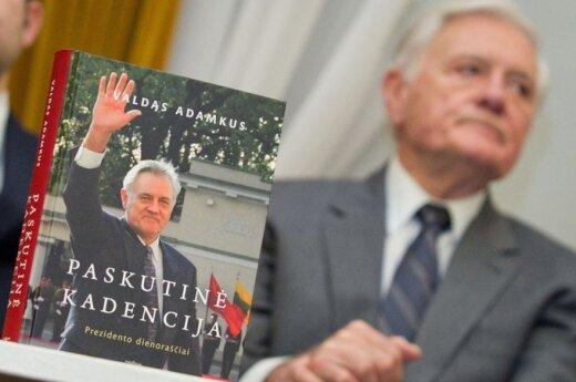 """Valdo Adamkaus knyga """"Paskutinė kadencija. Prezidento dienoraščiai"""""""