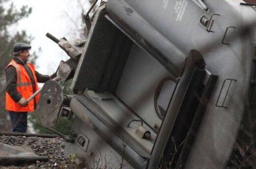 W Belgii przewrócił się pociąg z chemikaliami