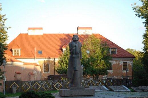 25. rocznica wiecu pod pomnikiem Adama Mickiewicza
