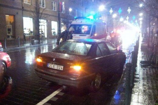 В центре Вильнюса BMW сбил женщину