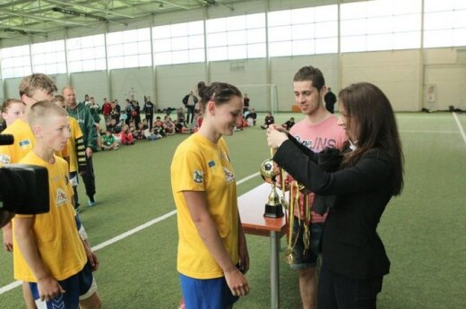 Alytaus vaikų globos namų auklėtiniai turnyre MTG futbolas taikai