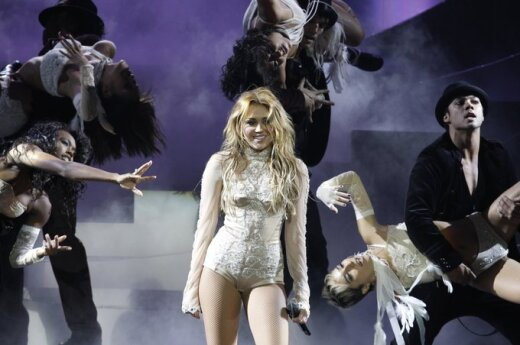 Cyrus: Jestem ładniejsza od Miley Cyrus