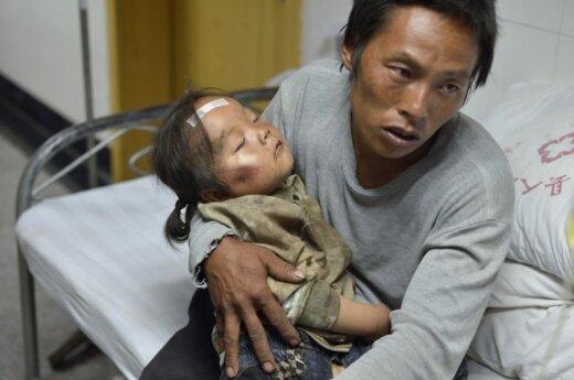 Число жертв землетрясения на юго-западе Китая возросло до 367 человек