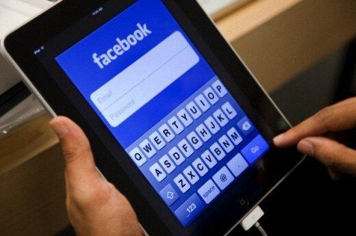 """Skaitytoja gėdino netikrų įžymybių anketų """"Facebook"""" kūrėjus"""