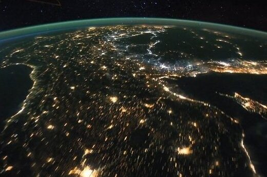 Спутник зафиксировал странную темноту над Северной Кореей