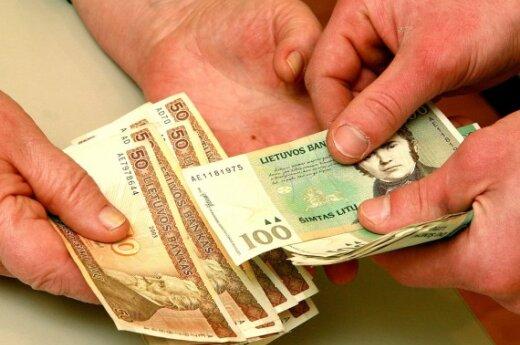 Бюджетникам и нуждающимся в Шяуляй выделены средства
