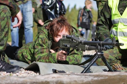 Юкнявичене удивлена тревогой россиян из-за учений НАТО