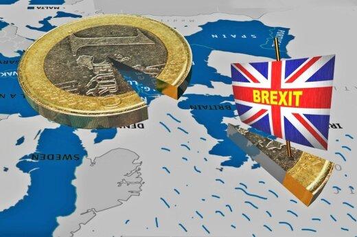 """D. Britanija """"Brexit"""" sąskaitą turės mokėti eurais"""