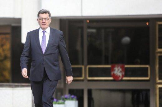 Премьер Литвы: судно-газохранилище уже может зайти в порт