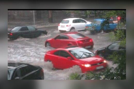 Одессу затопило из-за ливневых дождей, в городе транспортный хаос