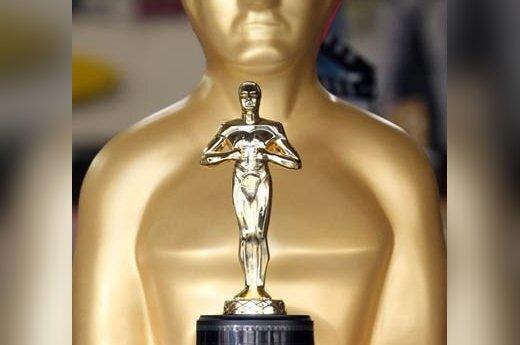 """""""Oskaro"""" statulėlės kopija, parduodama Holivudo bulvaro suvenyrų parduotuvėje"""