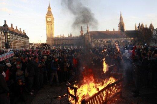В Лондоне – протесты против повышения платы обучение