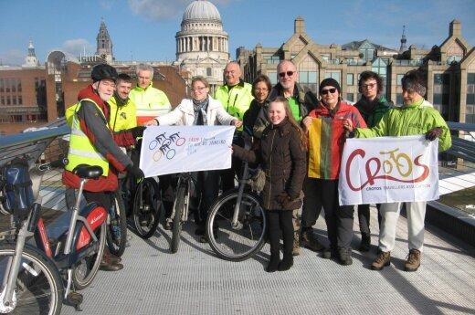 Ekspedicija dviračiais Londonas-Rio de Ženeiras, arba penkis mėnesius truksiantis nuotykis prasideda