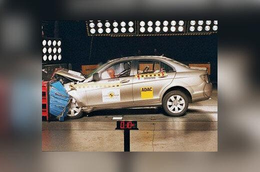 """Mercedes C"" avarijos testas"
