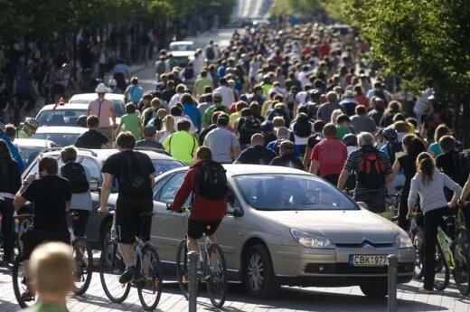 Tradiciškai į gatves išriedėjo Kritinė masė