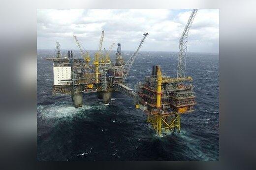 Ozebergo dujų išgavimo platformoje Šiaurės jūroje penktadienį lankysis Austrijos prezidentas Heinzas Fischeris ir Norvegijos karalius Haraldas.