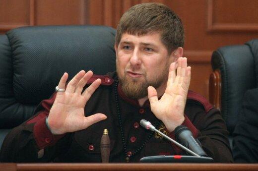 Президента Чечни обвинили в езде со скоростью 241 километр в час