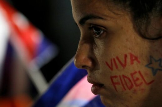 Minia Kuboje gedi po F. Castro mirties