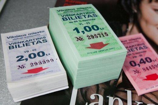 В Клайпеде грабитель украл из киоска 411 билетов на автобус