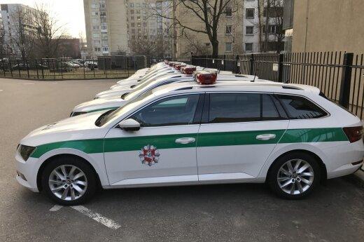 """Policijos """"Škoda Superb"""""""