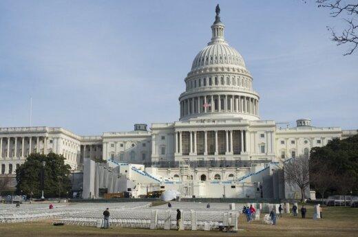 """""""Выключение"""" правительства стоит США $12,5 млн в час"""