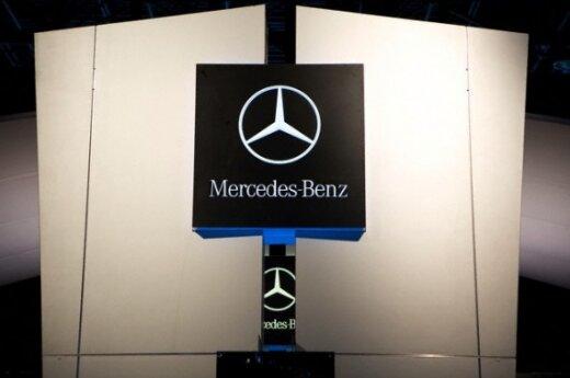 """""""Mercedes-Benz"""" gamins daugiau kompaktiškų automobilių"""