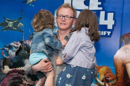 Juozas Liesis su vaikais