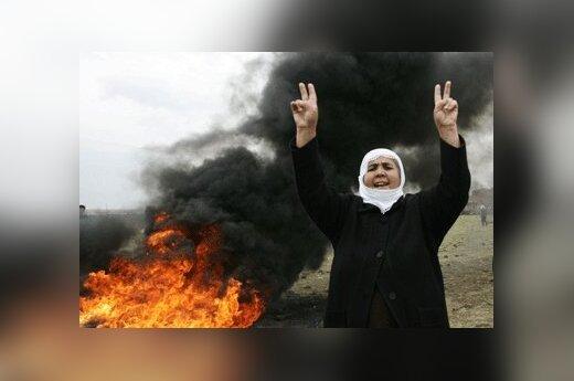 Kurdė protestuose