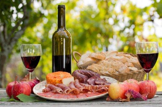 Всего два бокала вина в день увеличивают риск рака