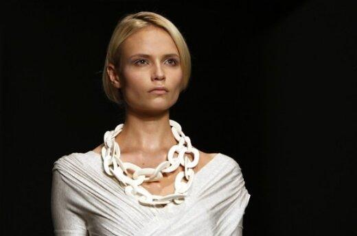 2010 pavasario-vasaros tendencijos. Balta. Donna Karan