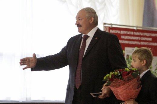 Białoruś: Wybory zakończyły się. Protestów brak
