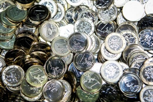Lithuanian government approves its first budget in euros