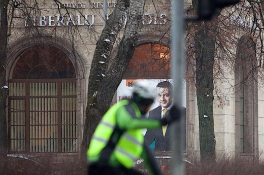 Lithuania's Liberals catch up with Conservatives in polls