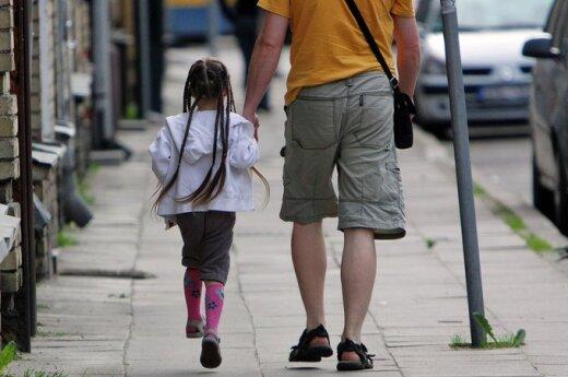 Dėl Anglijoje gyvenančių vaikų kovojančio vyro išpažintis: einu kryžių kelius