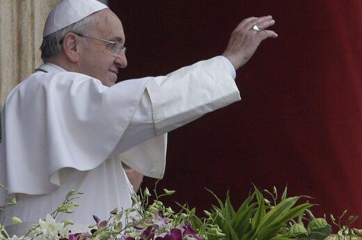 Popiežius ragina visas Europos parapijas priimti po vieną migrantų šeimą