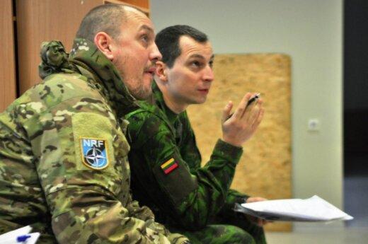 Lietuvos ir Danijos kariuomenių pratybos Raudonasis liūtas. Kpt. Niels Brands ir Eugenijaus Lastausko nuotr.