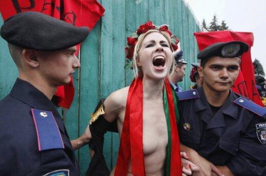 Aktywistka FEMEN została pierwowzorem symbolu Francji