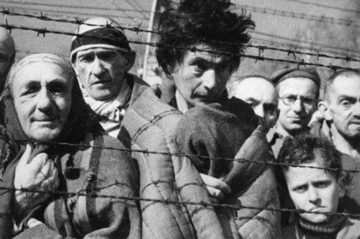 """Записки """"доктора Смерть"""" купил внук узника Освенцима"""