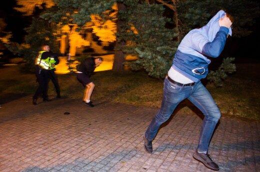 Ночь в Паланге: только газ смог угомонить драчунов