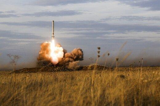 """""""Iskander"""" sparnuotosios raketos paleidimas"""